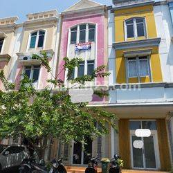 Ruko Royal Gading Square siap pakai 3lt lokasi strategis di Pegangsaan Dua Jakarta Utara