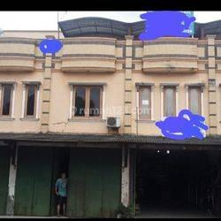 RUKO MURAH DI CIPONDOH BANGUNAN 3 LANTAI LOKASI DEKAT PINTU TOL CIPONDOH