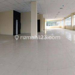 Gedung Baru di Cikini Jakarta Pusat, Cikini, Jakarta Pusat, UB