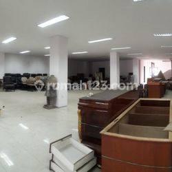 Gedung perkantoran Jalan Ciledug Raya Dekat Kebayoran Lama Jakarta Selatan, UB