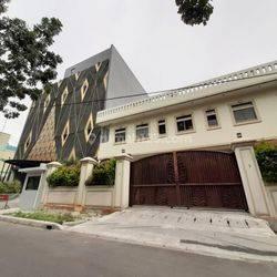 Rumah Mewah di Jalan Plaju, Thamrin, Jakarta Pusat cocok untuk tempat usaha anda