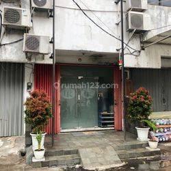 Ruko Strategis di Jl. Fachrudin Tanah Abang Jakarta