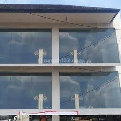Ruko 2 Kios di Kemang Raya, Jakarta Selatan ~ Lokasi Strategis
