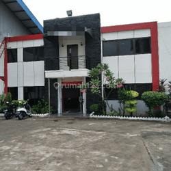 Bangunan Pabrik Strategis di Balaraja Tangerang