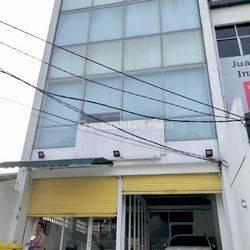 Ruko murah di pinggir Jalan Raya Radio Dalam Gandaria Jakarta Selatan