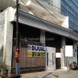 Ruko 2,5 Lantai di Jl. Sangihe Cideng Barat - Komersil Area