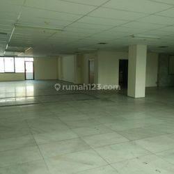 Ruang kantor di Glodok Bangunan 8 lantai