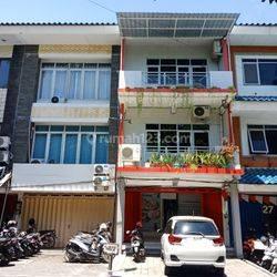 Ruko Bagus Baru Direnovasi di Pusat Denpasar (Pertokoan Genteng Biru)