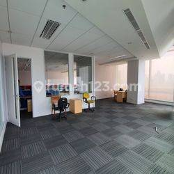Office space di Satrio Tower Kuningan, luas mulai 210sqm, Fitted condition.