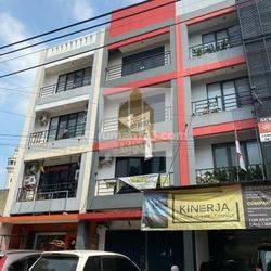 Ruko 4 Lantai Jl Haji Nawi Dekat PIM1 Jakarta Selatan Murah BU
