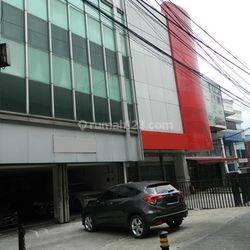 Gedung 3,5 Lantai di Area Fatmawati Cocok untuk Showroom atau Kantor Pribadi