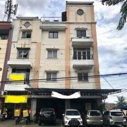 Ruko 2 Gandeng di Haji Nawi Raya Arteri Pondok Indah Kebayoran Baru Jakarta Selatan