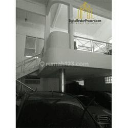 Ruang usaha/kantor eks showroom mobil  di cihampelas kota Bandung