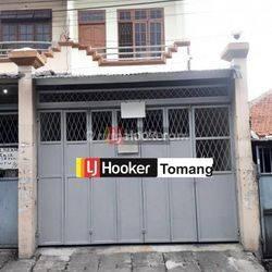 RUKO Terawat Siap Pakai Lokasi Dekat Pasar daerah Tambora Jakarta Barat
