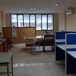 Ruko area bisnis pasar baru siap pakai , tanpa renov
