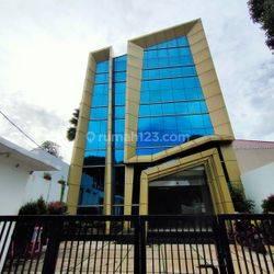 Gedung Baru 3 Lantai plus Rooftop di Ampera Raya Kemang Jakarta Selatan