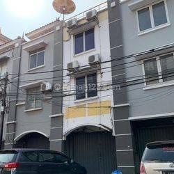 Ruko Lodan Center ancol 3,5lt harga 3,5M negoo