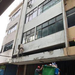 Ruko Gandeng hayam wuruk lokasi super strategis 5 lantai