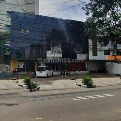 Ruko 96m2 , Tersedia di Lantai 2  di  Wahid Hasyim , Menteng
