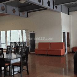 Miliki Tempat Usaha bernilai investasi meroket dikawasan komersil & Primadona para Investor di Tomang Hero Jakarta Barat. Lokasi sangat strategis, cocok untuk Kantor, Restoran & berbagai Jenis usaha.