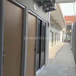 Kontrakan Exclusive 9 Pintu & 4 kios cocok untuk usaha investasi di Palmerah Jakarta Barat