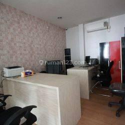 Ruang Kantor Lt. 17 SOHO Capital Central Park, Jakarta Barat