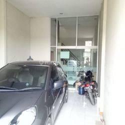 Ruko Strategis Ramai 2,5 Lantai di Sayap Jamika, Bandung