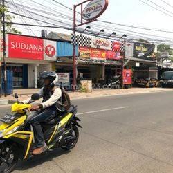 Ruko TERMURAH area KOMERSIAL Jl. RC Veteran, Bintaro, Jakarta Selatan