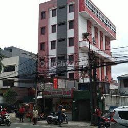 dilelang hotel murah di daerah mangga besar cocok invest