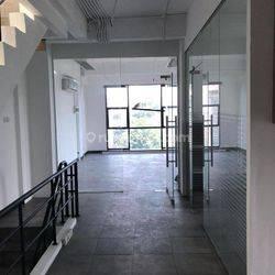 Ruko Duta Mas Fatmawati 4,5 lantai, Lokasi bagus