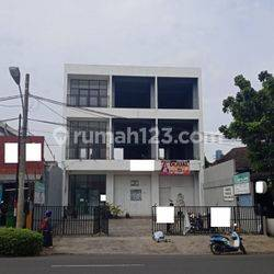 Ruko gandeng Bagus di jalan raya Bintaro utama pondok ranji pondok aren Jakarta Selatan