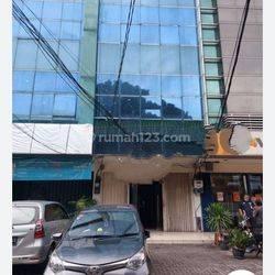 Ruko 3 Lantai Jl. Ciledug Raya Kebayoran Lama, Jakarta Selatan