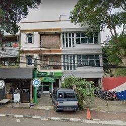 Ruko 3 Lantai Strategis di Pinggir Jalan Raya, Bendungan Hilir, Jakarta Pusat