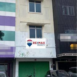 Ruko siap pakai strategis di area Boulevard Citra Garden 2 Jakarta