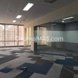MURAH OFFICE SPACE 139 SQM SEMIFURNISHED SOHO CAPITAL @CENTRAL PARK
