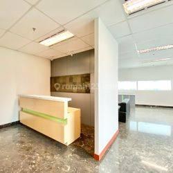 Springhill office kemayoran 137 meter furnish lepas murah