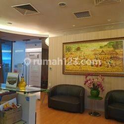 OFFICE SPACE FURNISHED 285 SQM APL TOWER @CENTRAL PARK, PODOMORO CITY