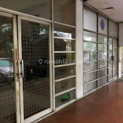 Gedung Dijual, Jl Cikini Raya, Jakarta Pusat. Lokasi Strategis. Harga Nego