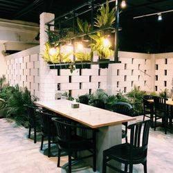 Rumah Cocok dijadikan Cafe / Resto siap pakai di Pahlawan Kota Bandung Strategis