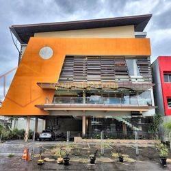 Tebet - Gedung 4 Lantai, Private Lift, Unit Pojok, Lokasi Super Strategis, Pinggir Jalan Raya Besar.
