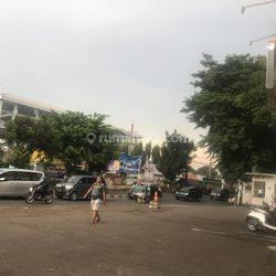 Ruko Dijual 3,5 Lantai Depan Jalan Raya, di Pusat Kota Jakarta