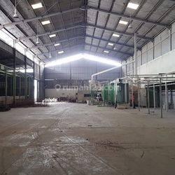 Gudang & Pabrik Exclusive Muat Container 40ft Di Moh Toha Tangerang, Jarang Ada