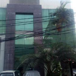Kantor 3 lantai di Radio Dalam, Jakarta Selatan