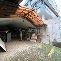 Gudang Kantor di Jl Tebet Timur Raya - Jakarta Selatan