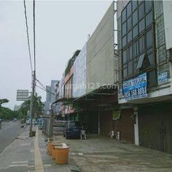 Ruko 3 Shm Luas Turun Harga di Kebon Jeruk, Jakarta Barat
