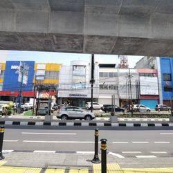 Gedung Di Jalan Fatmawati, Jakarta Selatan