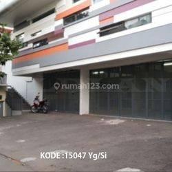 KODE :15047(Yg/Si) Gedung Mampang Prapatan, Luas 703 Meter