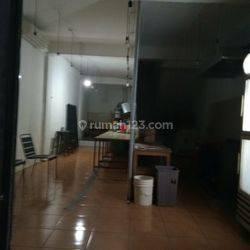 SDEf 597 : Ruko 1 lt bawah aja 4x15 (atas utk kantor lain) jln ramai bbs banjir dkt Perpustakaan Green Ville Raya