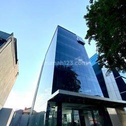 Gedung baru siap huni LT 710m2/LB 2.069m2, 6 lantai one gate system dekat dgn akses tol dan sentral bisnis Mampang Jakarta Selatan