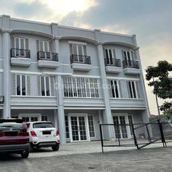 Ruko Baru Gandeng 3 di Jl Raya Ciater Seberang Intermark (DV)